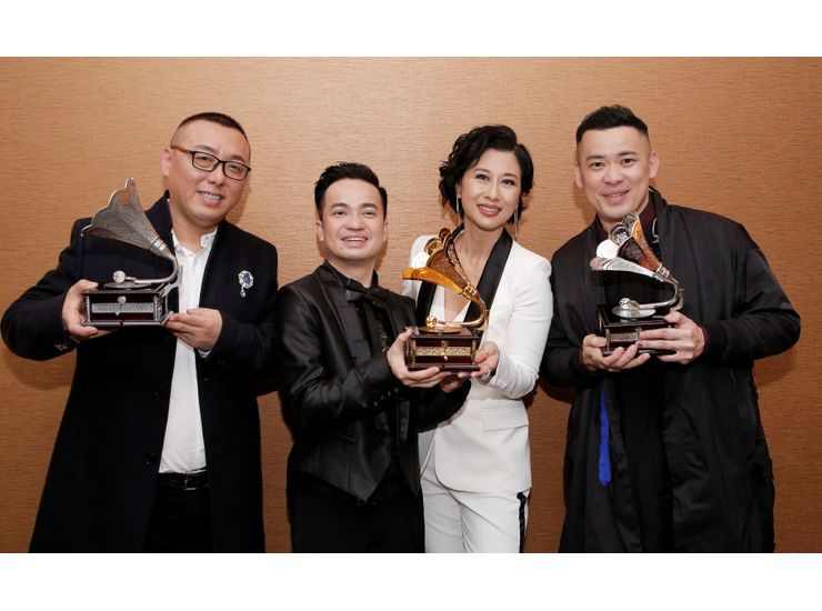 Lim Yong Huat triumphs as the champion of Astro Classic Golden Melody 2018